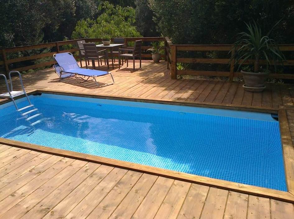 Esempi di installazione di una piscina fuoriterra intex - Piscina intex 549x274x132 ...