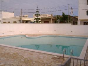 piscina pronta